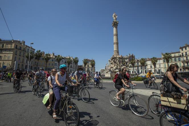 La piste cyclable sécurisée temporaire, aménagée entre la place Castellane et le Rond Point du Prado de Marseille, a été supprimée.Le 26 mai 2020