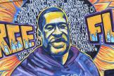 Un graffiti en l'hommage de George Floyd réalisé à Minneapolis.