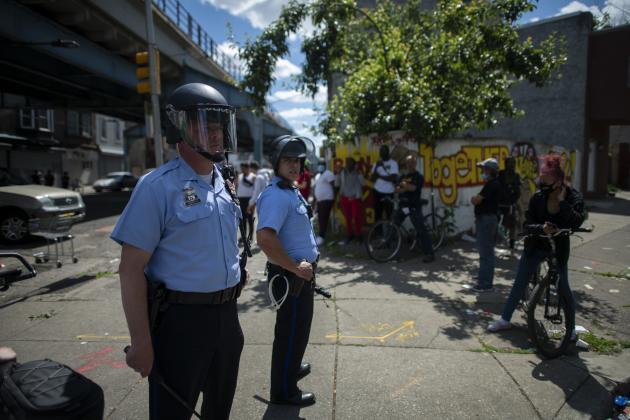 Des émeutes ont éclaté dans différents endroits de Philadelphie, le 31mai 2020.