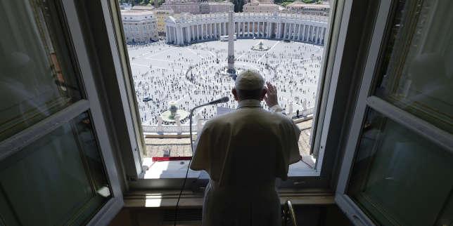 A Rome, le pape François sort renforcé de l'épreuve du confinement