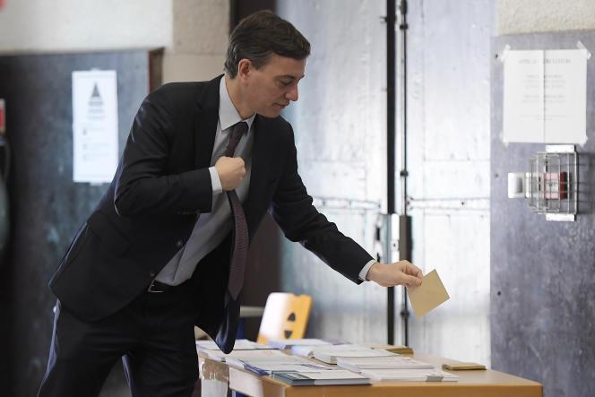 Alain Fontanel, candidat de La République en marche, lors du premier tour des élections municipales à Strasbourg, le 15 mars.