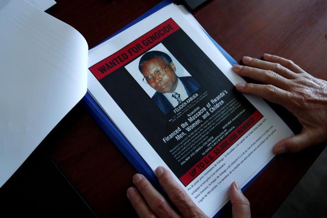 Félicien Kabuga est inculpé par la justice internationale de sept chefs d'accusation, dont ceux de «génocide» et «complicité de génocide».