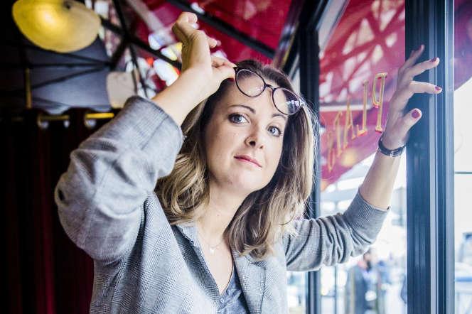 La journaliste satirique Charline Vanhoenacker, en janvier 2016, à Paris.