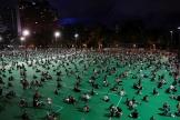 Dans Victoria Park, à Hongkong, le 4 juin.