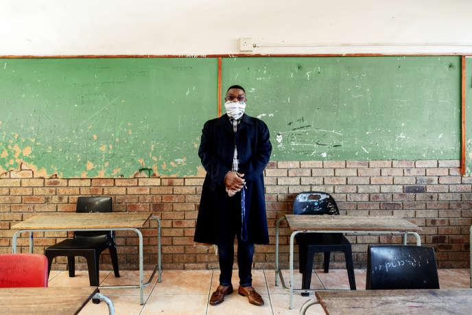 Dans une classe vide de l'école primaire d'Ithute du quartier d'Alexandra, à Johannesburg, le 1er juin 2020. La réouverture partielle des établissements scolaires a été reportée au 8 juin.