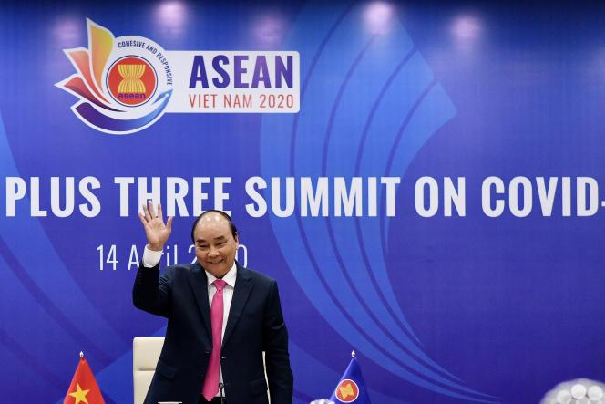 Le premier ministre vietnamien Nguyen Xuan Phuc à Hanoi, le 14 avril.