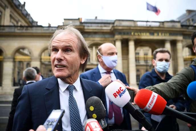 «Il faut mettre fin à cette bataille judiciaire qui n'a que trop duré,espère le président du club d'Amiens, Bernard Joannin, qui plaide pour une Ligue 1 à 22 clubs la saison prochaine.