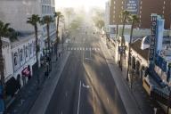 Hollywood Boulevard déserté pendant le confinement mis en place pour lutter contre l'épidémie de Covid-19, à Los Angeles, le 27 avril.