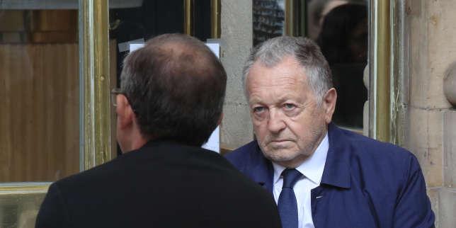 Football: l'UEFA contredit le président de Lyon sur la date butoir de fin des championnats