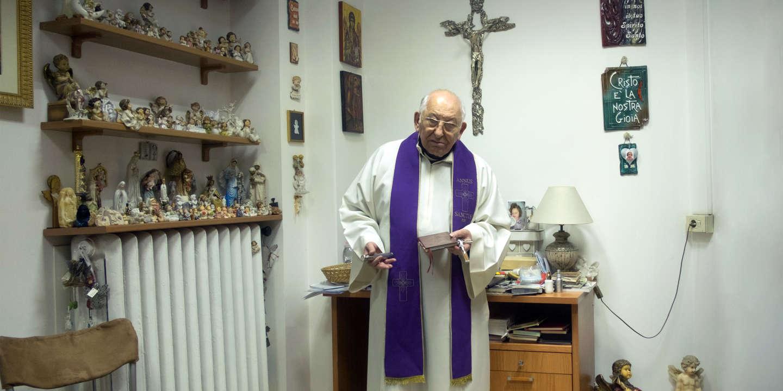 Ma journée avec l'exorciste du Vatican