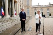 Bruno Le Maire et Muriel Pénicaudà l'issue d'une réunion avec les partenaires sociaux, au palais de l'Elysée à Paris, le 4 juin.