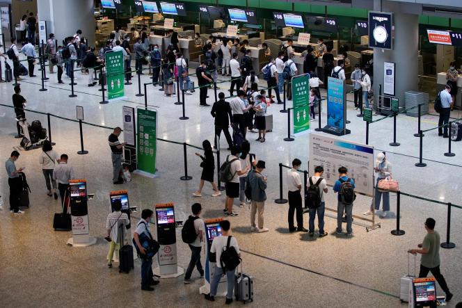 A l'aéroport international de Shanghaï Hongqiao, le 21 mai.