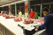 Dans une usine de fabrication de vêtements à Ashulia (Bangladesh), le 26 avril.