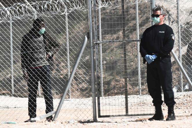 Dans un camp de migrants près de Promahonas, dans le nord de la Grèce, le 21 mars.
