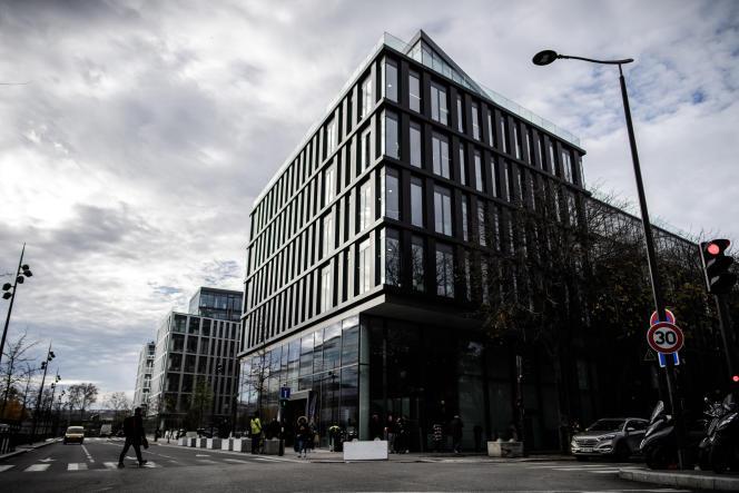 L'immeuble Quadrans du groupe Altice, dans le 15e arrondissement, à Paris, en 2018.