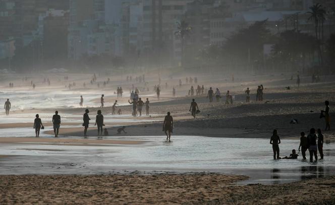Sur une plage de Rio de Janeiro, le 9 juin.