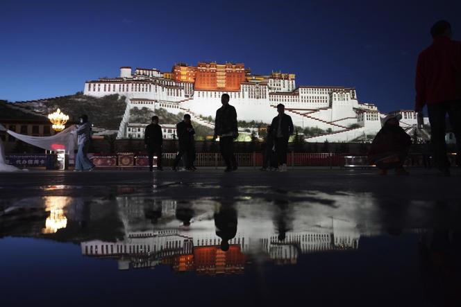 La Chine exerce un contrôle draconien sur l'accès au Tibet, région qu'elle considère comme une partie inaliénable de son territoire.