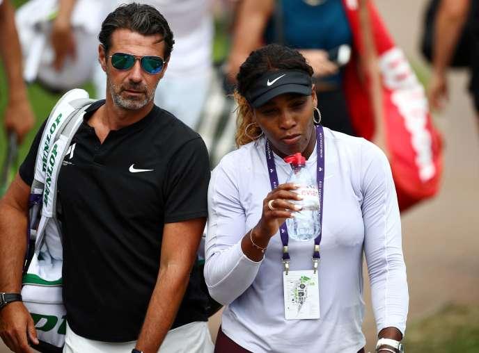 Patrick Moratoglou et Serena Williams lors du tournoi de Wimbledon en juillet 2019.