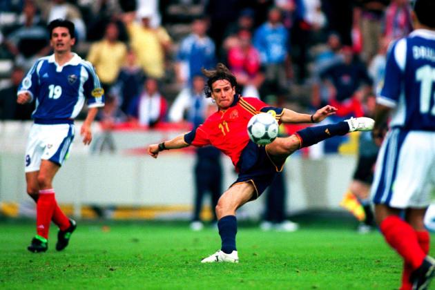 L'Espagnol Alfonso Perez Muñoz qualifie son équipe pour les quarts, à Bruges (Belgique), le 21 juin 2000.