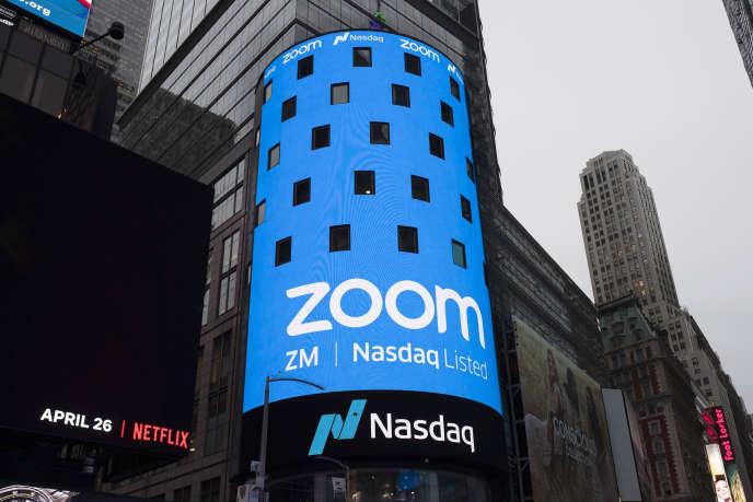 Publicité pour l'application Zoom, à New York, le 11 juin 2020.