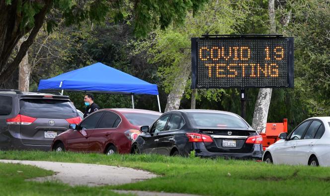 Un centre de test du Covid-19 à Pacoima, en Californie, le 10 juin.
