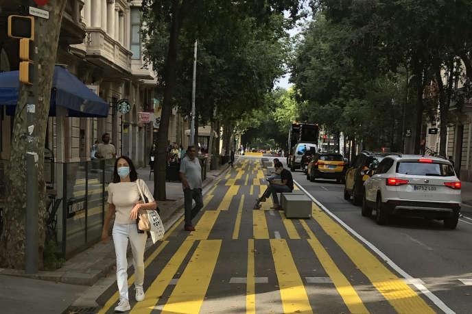La rue Consell de Cent, dans le centre-ville de Barcelone (Espagne), le 10juin 2020.