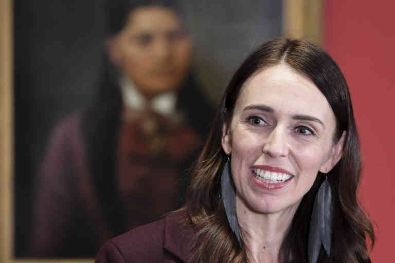 (200528) -- WELLINGTON, May 28, 2020 (Xinhua) -- New Zealand Prime Minister Jacinda Ardern speaks at the art gallery of the national museum