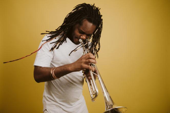 Le trompettiste cubain Yelfris Valdés, par Angel Romo.
