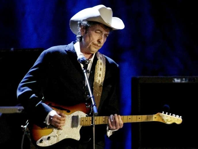 Bob Dylan lors d'un concert auWiltern Theatre de Los Angeles, Californie, le 5mai2004.