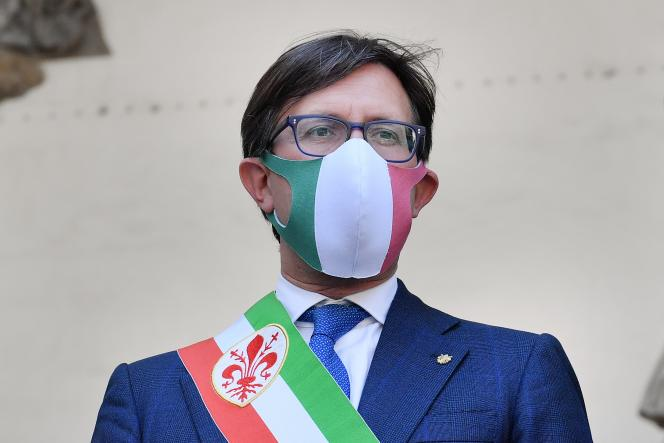 Dario Nardella, le maire de Florence, pendant la réouverture de la Galerie des Offices, le 2 juin 2020.