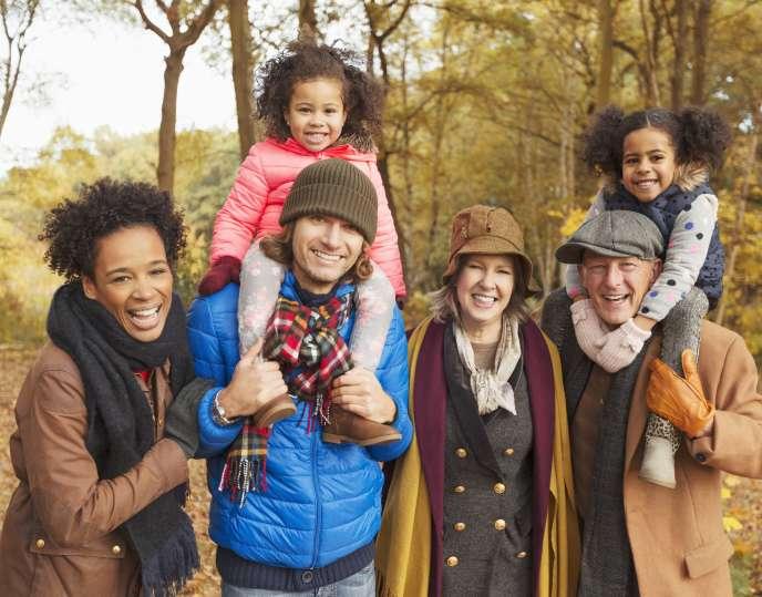 En rédigeant bien la clause bénéficiaire de son assurance vie on peut transmettre les sommes qui y sont déposées à plusieurs générations.