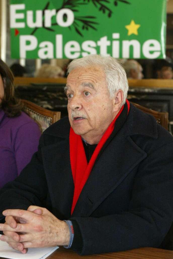 Maurice Rajsfus en 2004. Le survivant de la Shoah avait brièvement figuré sur une liste Euro-Palestine aux élections européennes, avant de s'en retirer.