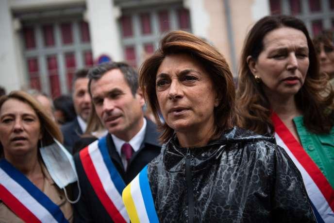 La candidate Les Républicains (LR) à la Mairie de Marseille, Martine Vassal, entourée de Sabine Bernasconi, Julien Ravier et Valérie Boyer, le 12juin à Marseille.