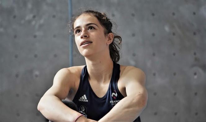 Luce Douady, sous le maillot de l'équipe de France d'escalade.