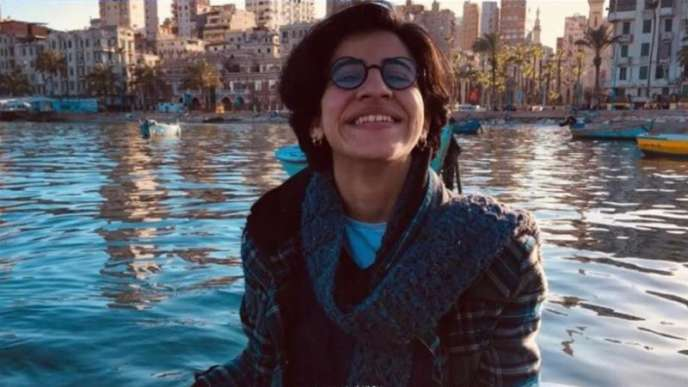 La militante LGBT Sara Hegazy s'est suicidée, le 14 juin 2020. Elle s'était exilée au Canada après avoir été emprisonnée durant trois mois au Caire où elle aurait été torturée, selon ses proches.