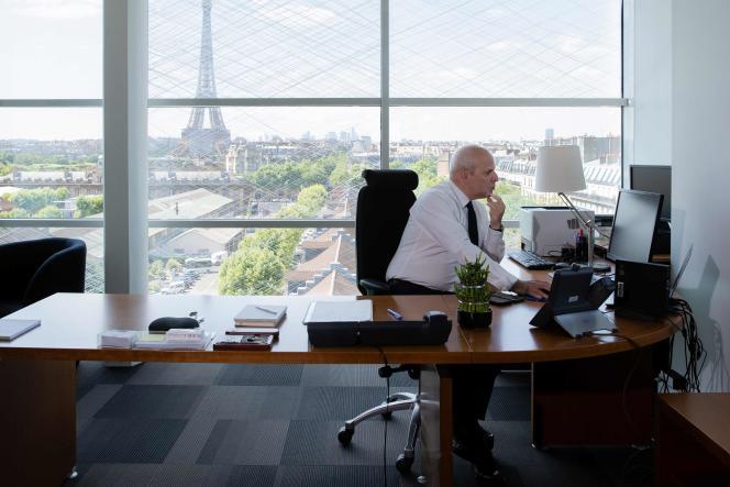 Le directeur général de la santé, Jérôme Salomon, dans son bureau à Paris, le 2juin.