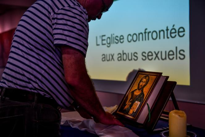 Lors d'une réunion organisée par le diocèse de Lille sur le thème «L'Eglise confrontée aux abus sexuels», à Lomme (Nord), en mai2019.