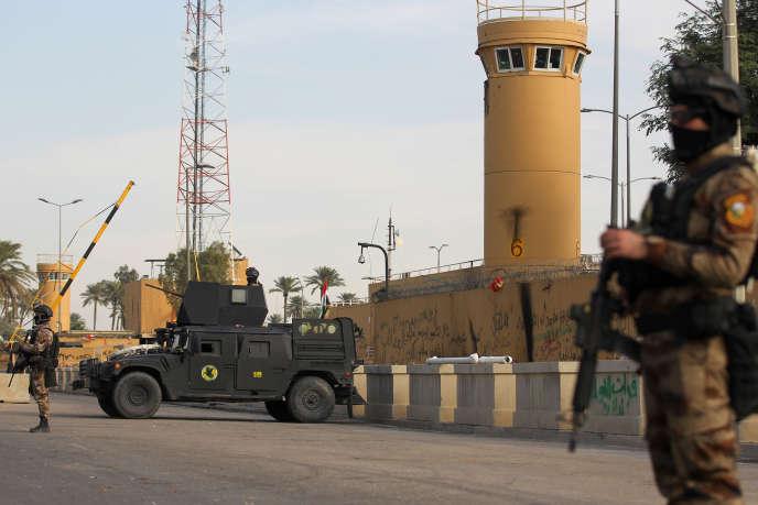Les forces antiterroristes irakiennes devant l'ambassade américaine de Bagdad, en janvier.