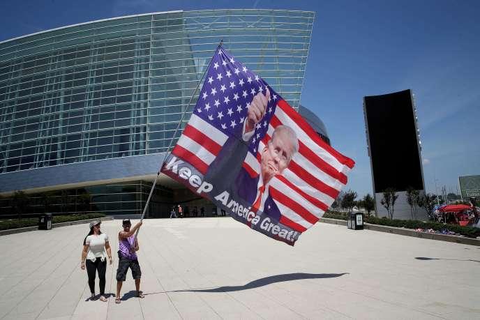 Des militants pro-Trump, à Tulsa (Oklahoma), jeudi 18juin.