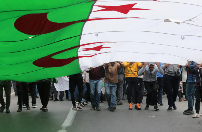 Manifestation antirégime à Alger, le 6 mars 2020.