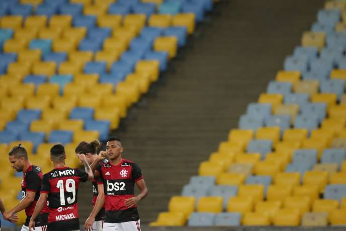Le match entre Flamengo et Bangu s'est tenu à huis clos, le 18juin, dans le stade du Maracana, à Rio deJaneiro.