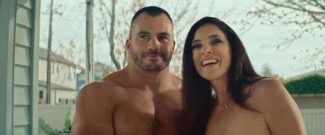 Les deux acteurs de la publicité « Keep It Real Online: Pornography ».