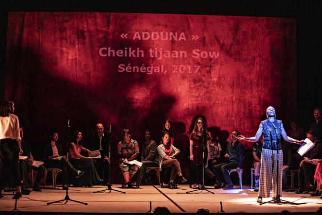 Une représentation, avec lecture de textes deCheikh Tijaan Sow, entre autres, dans le cadre du programme «Tenir paroles», le 22 juin 2020, à l'Espace Pierre-Cardin (Théâtre de la Ville) à Paris.