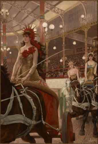 Cyrille Sciama :«En 1885, Tissot entreprend une série sur l'archétype de la «Parisienne». Chaque tableau devait être accompagné d'une nouvelle écrite par des écrivains, comme Edmond de Goncourt ou Alphonse Daudet. Ici, une jeune femme, vêtue d'un costume scintillant, conduit un char au milieu d'un hippodrome. Le cadrage, original et pris en contre-plongée, atteste de l'intérêt de Tissot pour l'estampe japonaise. L'ensemble sera mal reçu par la critique. »
