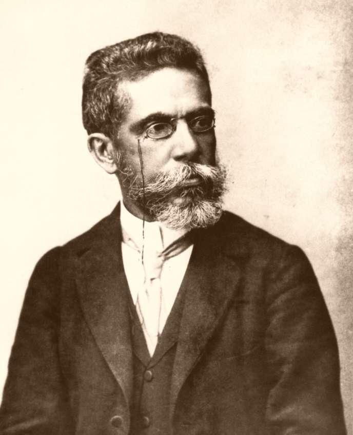 Le portrait volontairement « blanchi» de l'écrivain Joaquim Maria Machado de Assis, réalisé vers 1896.