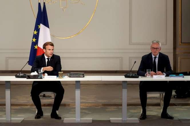 Emmanuel Macron et Bruno Le Maire, à l'Elysée, le 24 juin.