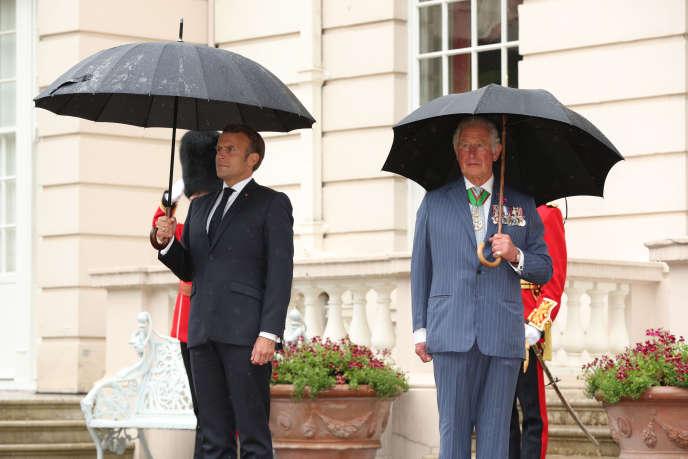 Emmanuel Macron et le prince Charles, à Londres, le 18 juin.