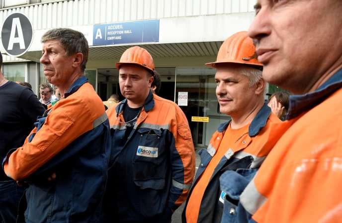 Devant l'usine Ascoval de Saint-Saulve (Nord), le 22 mai 2019.
