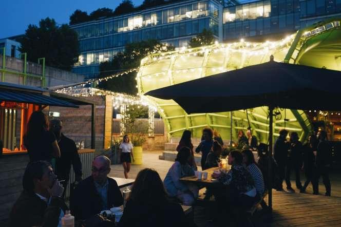 Au Wanderlust Street Food: plus de 350 couverts en bord de Seine.