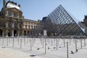 Le Musée du Louvre à Paris, le 23 juin.